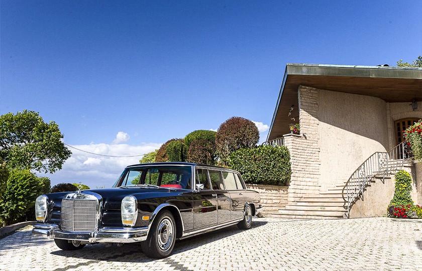 «Как у Мао Дзедуна»: роскошный лимузин Mercedes-Benz 600 Pullman пустят с молотка 1
