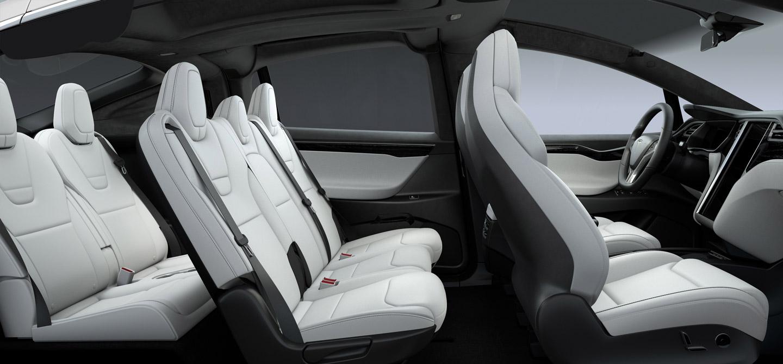 У кроссоверов Tesla проблемы с задними сидениями 1