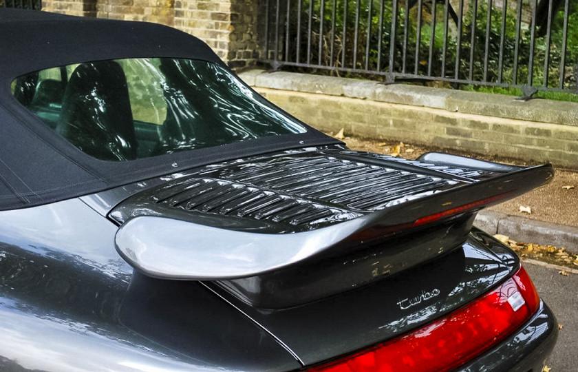 Эксклюзивный Porsche султана Брунея оценили перед торгами 3