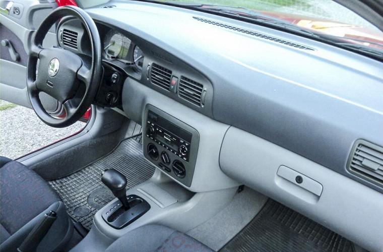 Первую Skoda Octavia в идеальном состоянии выставили на продажу 4
