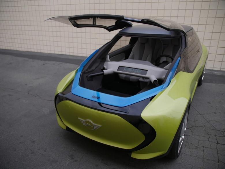 Mini представил автомобиль с двумя багажниками 2