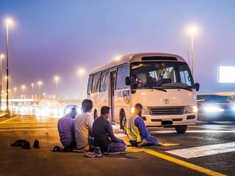 Автомобилистам запретили молиться на обочине 1