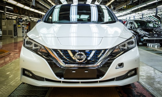 Новый Nissan Leaf пользуется бешеной популярностью 1