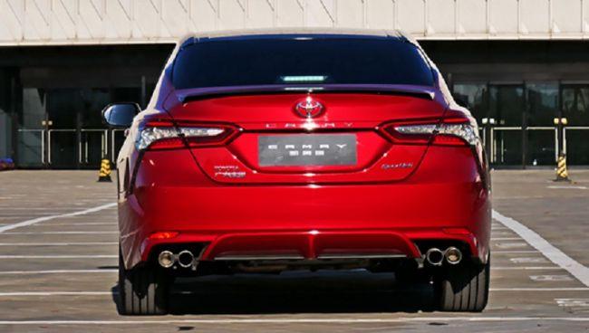 Новая Toyota Camry выходит на рынок 3