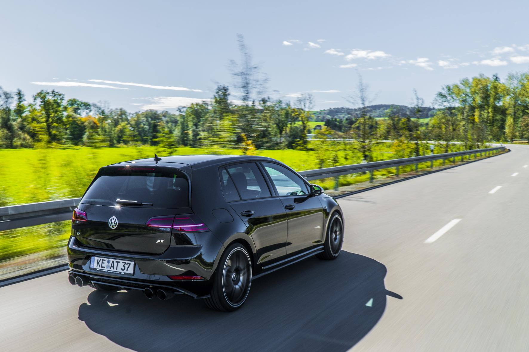 Volkswagen Golf обзавелся 400-сильным мотором 1