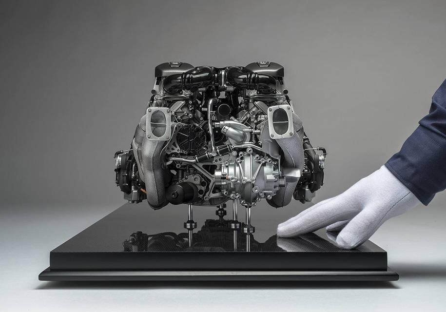 Копию двигателя Bugati Chiron продают за 10 000 долларов 2