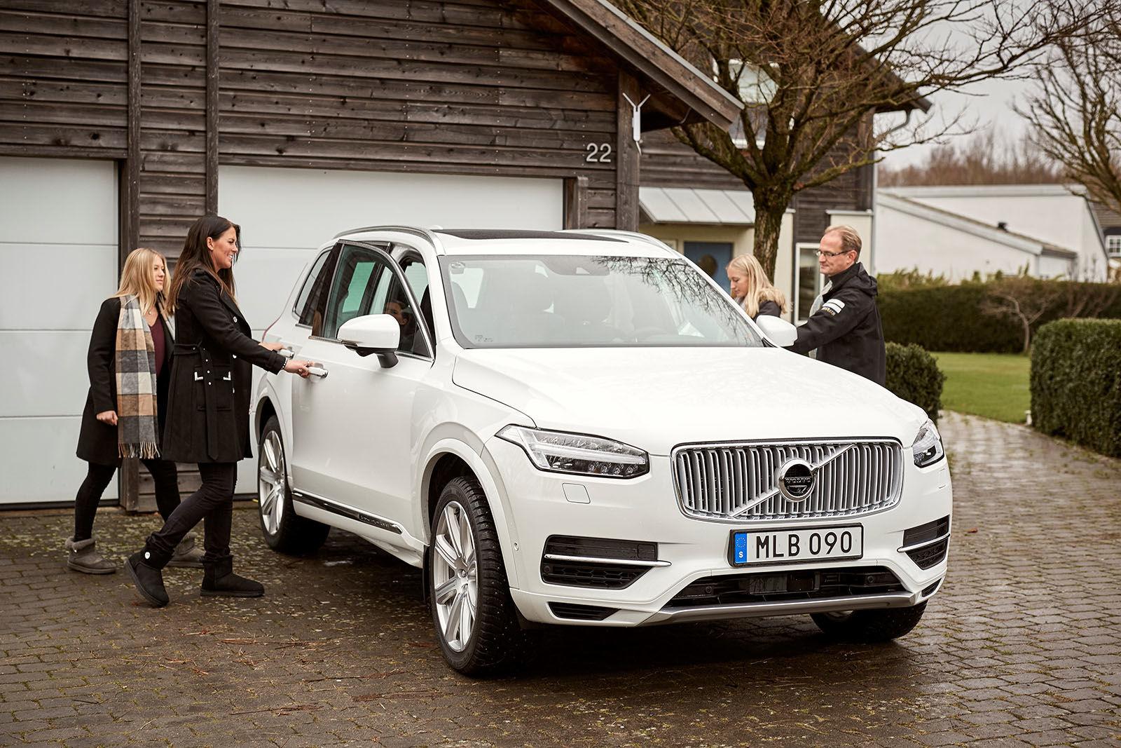 Volvo испытывает беспилотные машины на шведских семьях 3