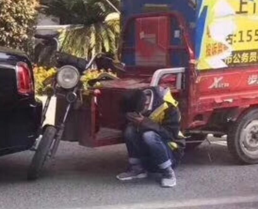 В Китае произошло «анекдотичное» ДТП 2