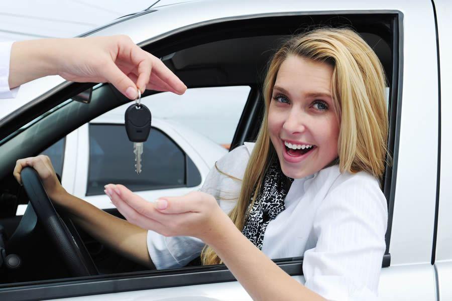 Какие автомобили выбирают женщины 1