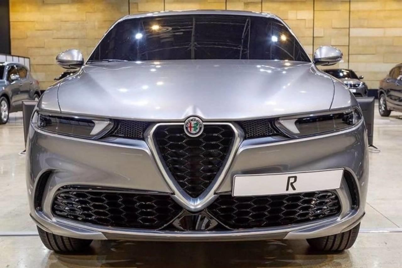 Итальянцы представят красивый компактный кроссовер 1