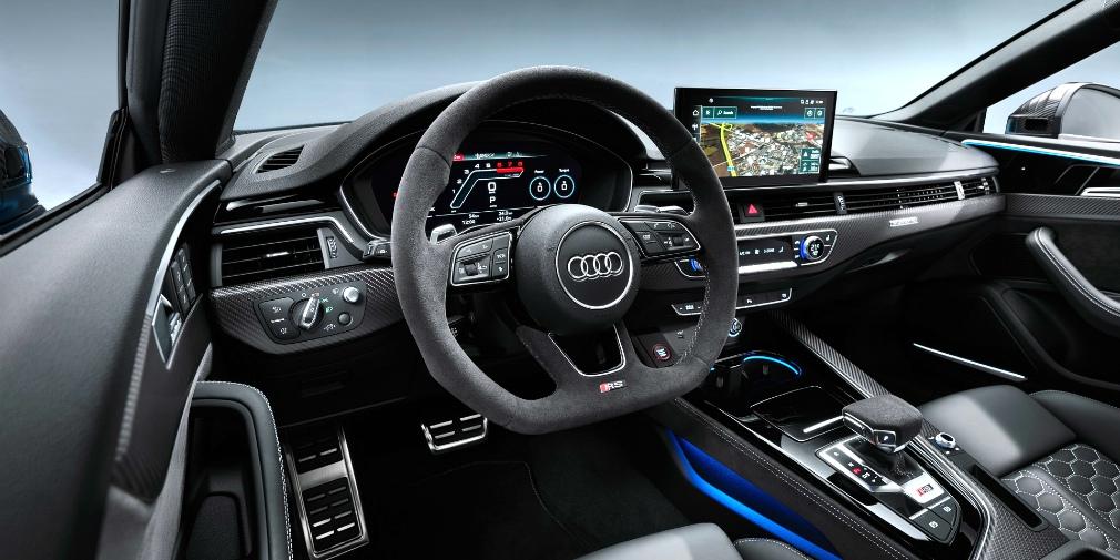 Audi обновила «заряженное» купе и лифтбек RS5 2