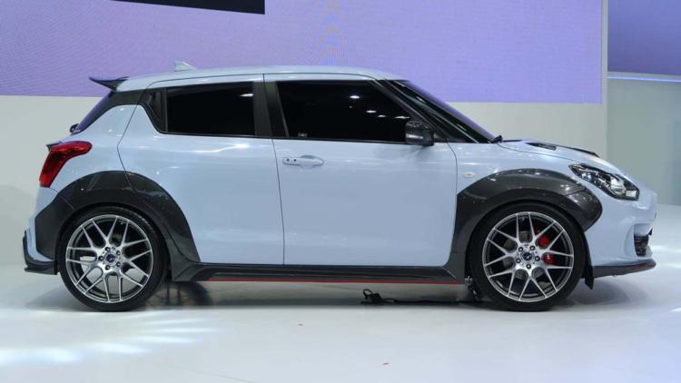Suzuki Swift получил спортивную версию 2