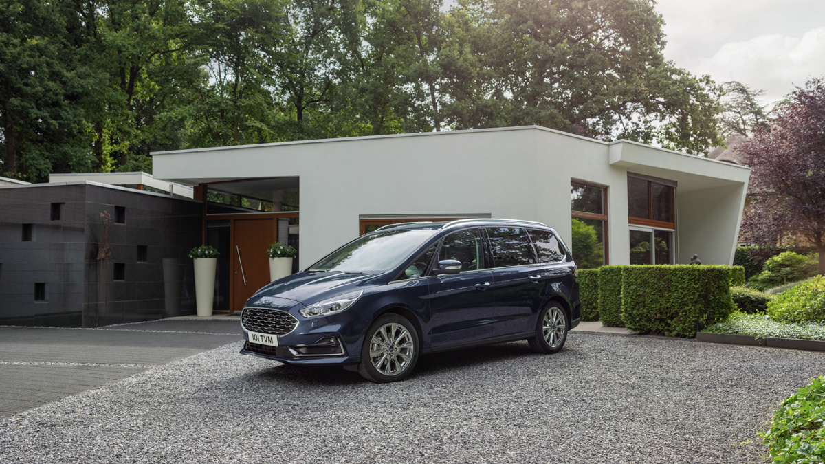 Компания Ford обновила минивэны Galaxy и S-Max 1