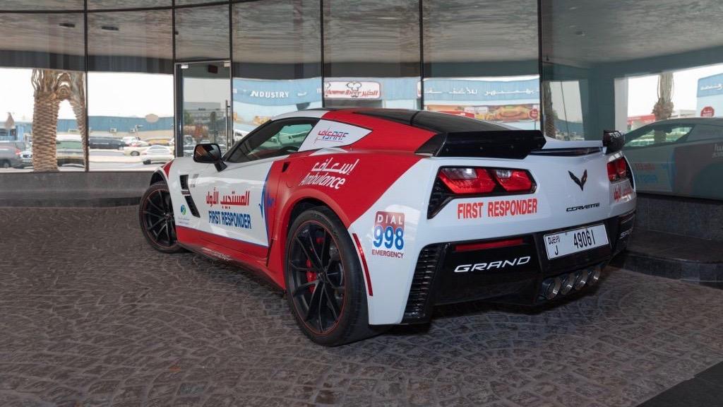 В ОАЭ суперкары стали машинами скорой помощи 2