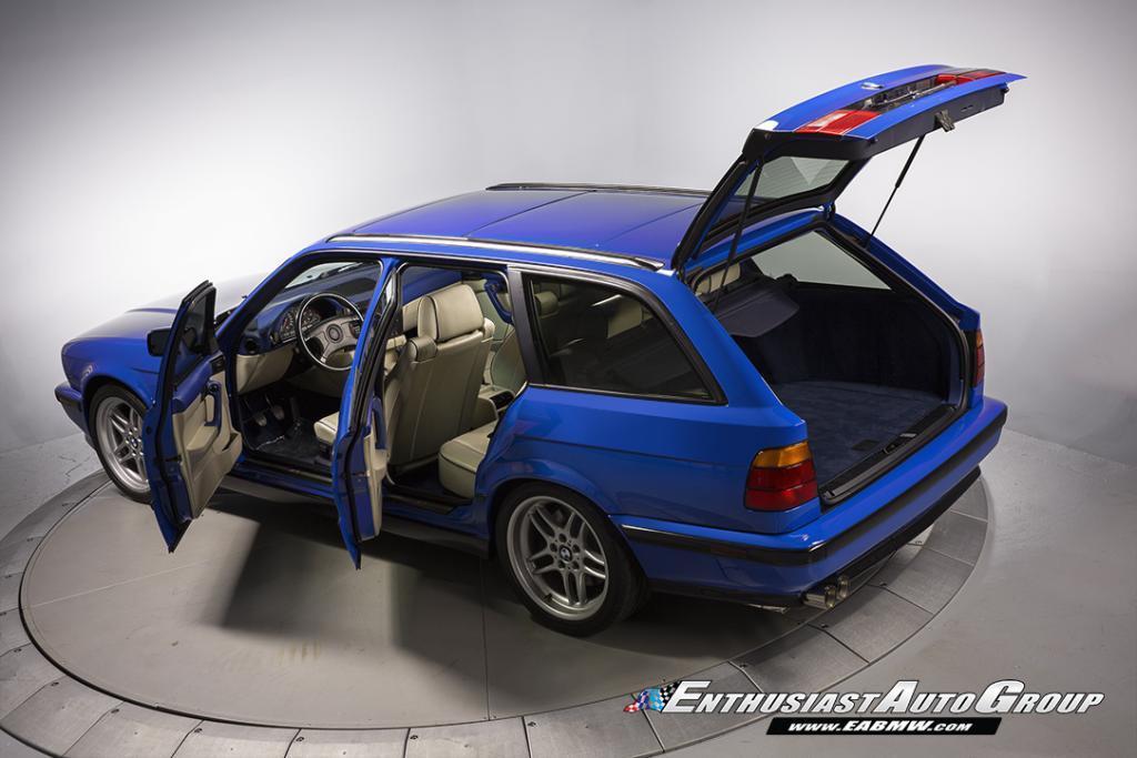 24-летний «сарай» BMW продают за 130 тысяч долларов 1