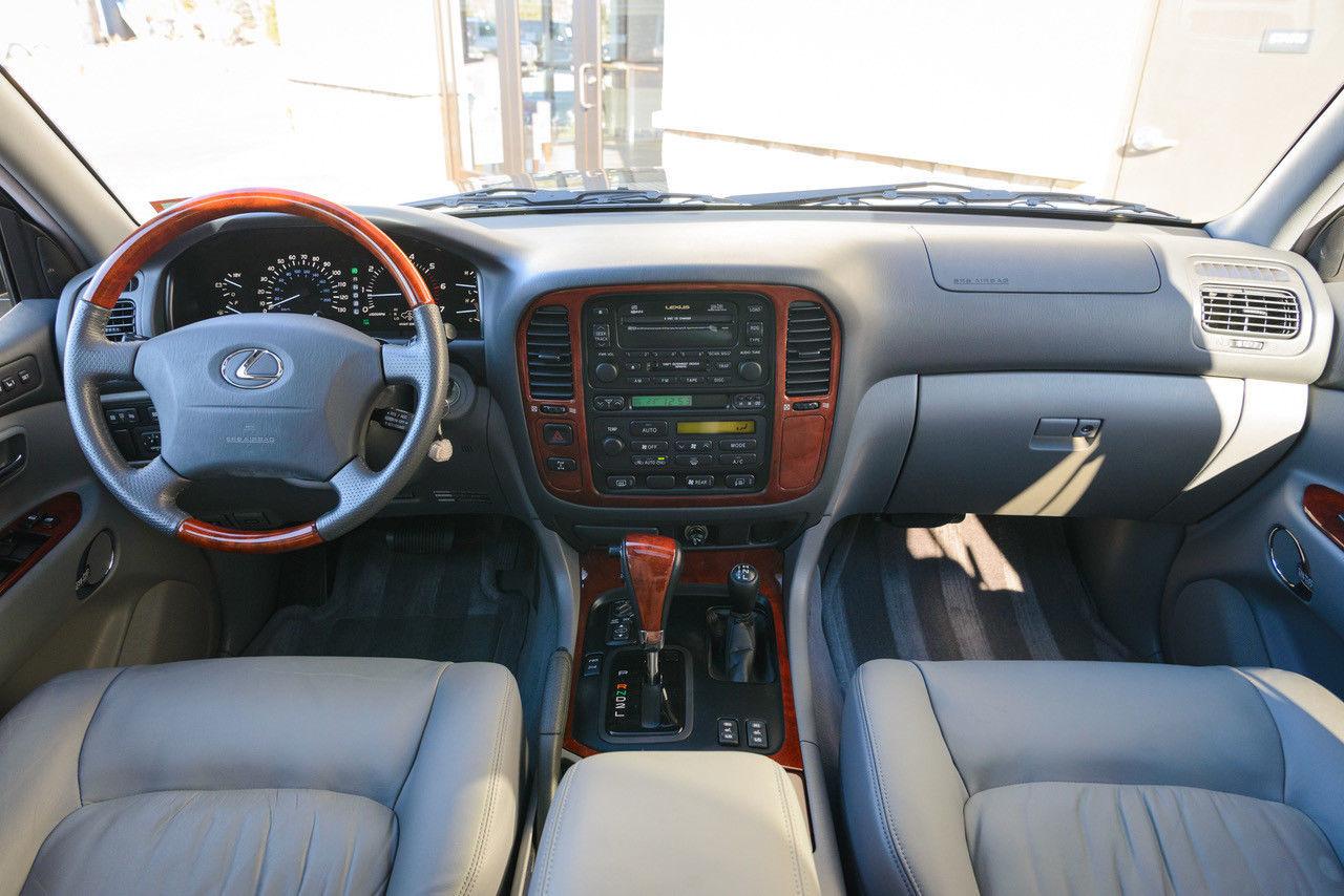 Lexus, угнанный 17 лет назад, продают за 130 тысяч долларов 3