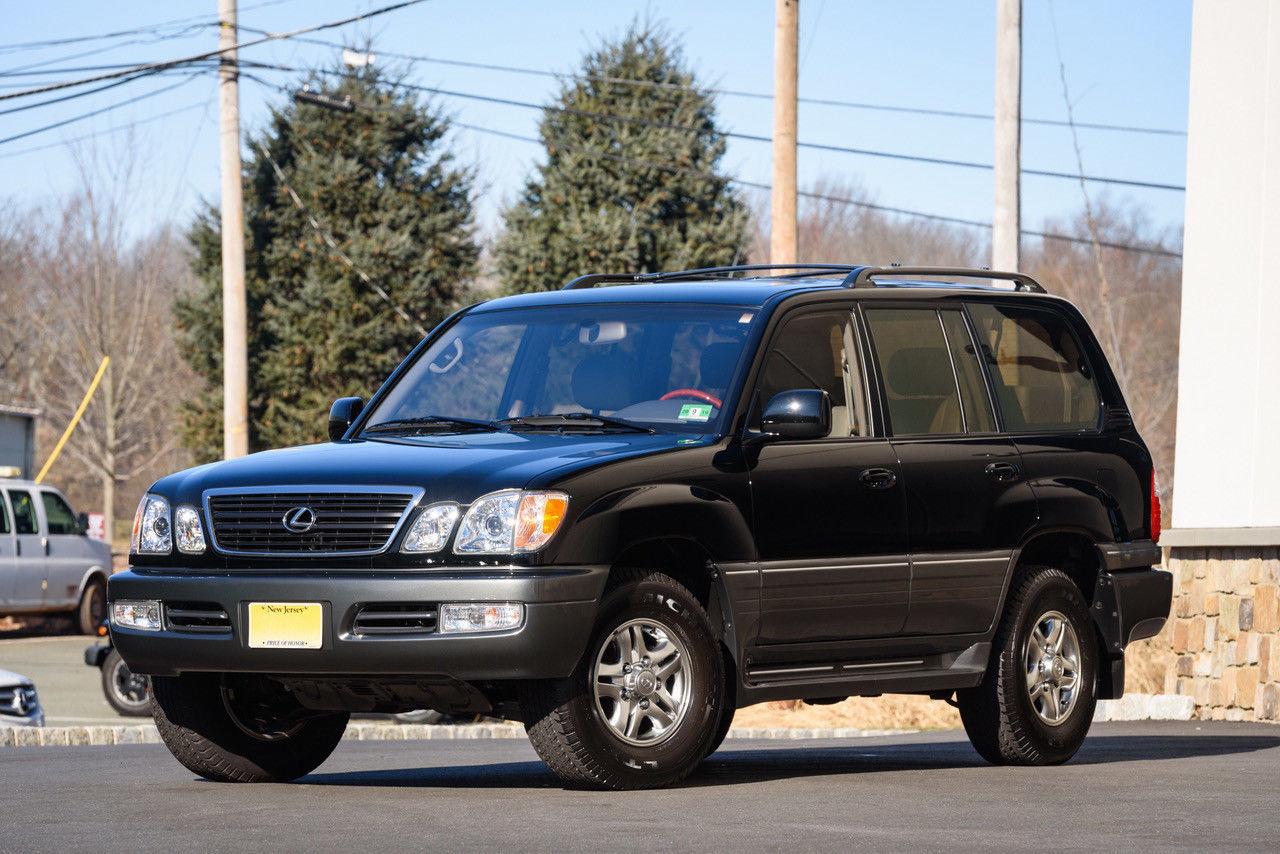 Lexus, угнанный 17 лет назад, продают за 130 тысяч долларов 1