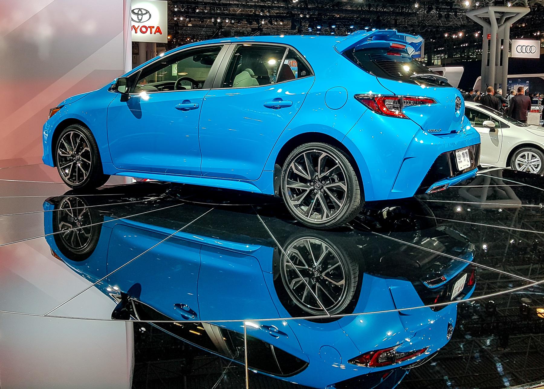 Новая Toyota Corolla «косит» под Lexus 2