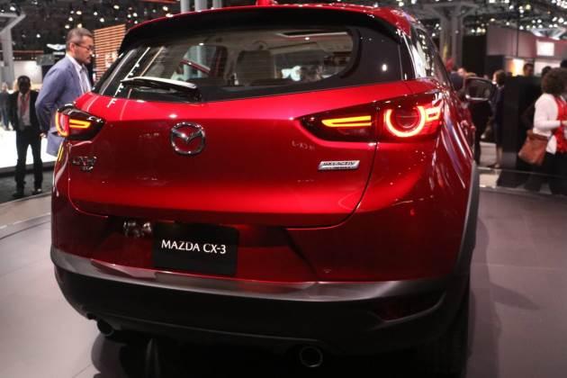 Mazda показала рестайлинговый кроссовер CX-3 2