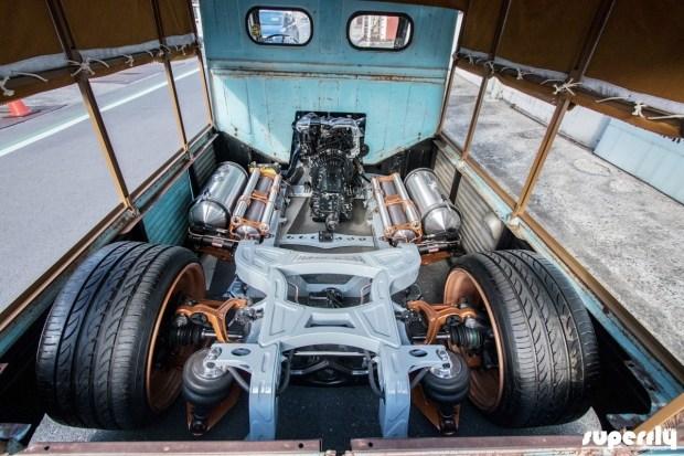 Шокирующий японский взгляд на старый фургон Citroen 3