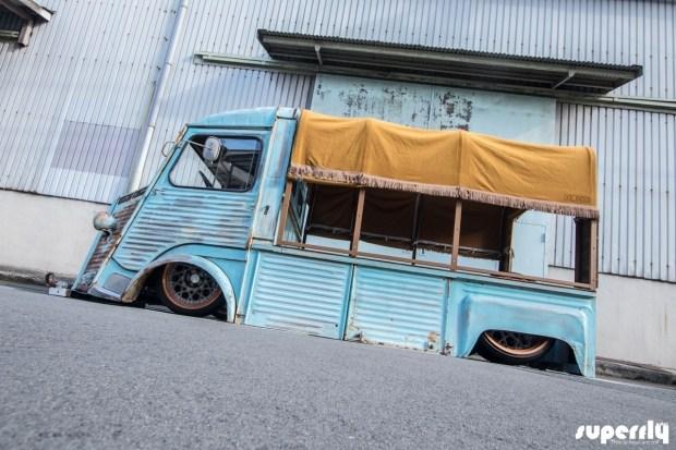 Шокирующий японский взгляд на старый фургон Citroen 2