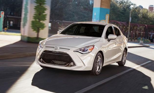 Toyota обновила седан Yaris 1