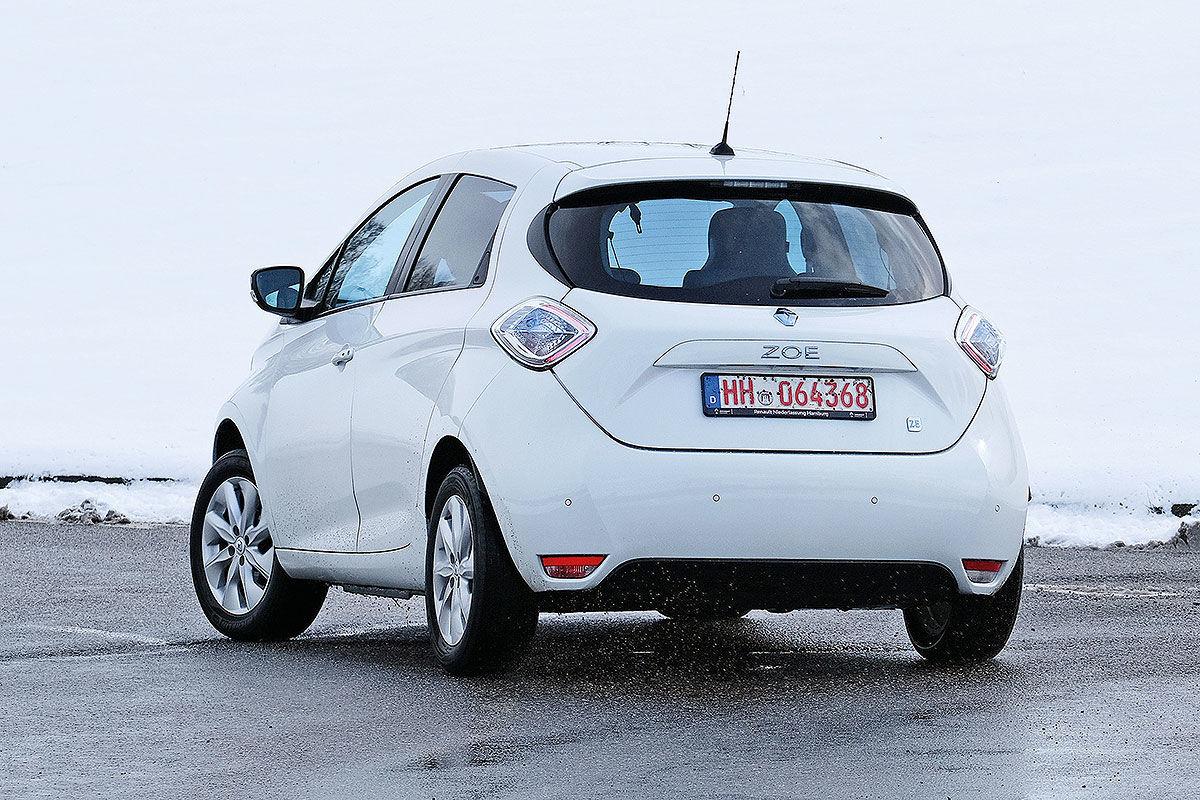 Тест-драйв подержанного электромобиля Renault Zoe 2