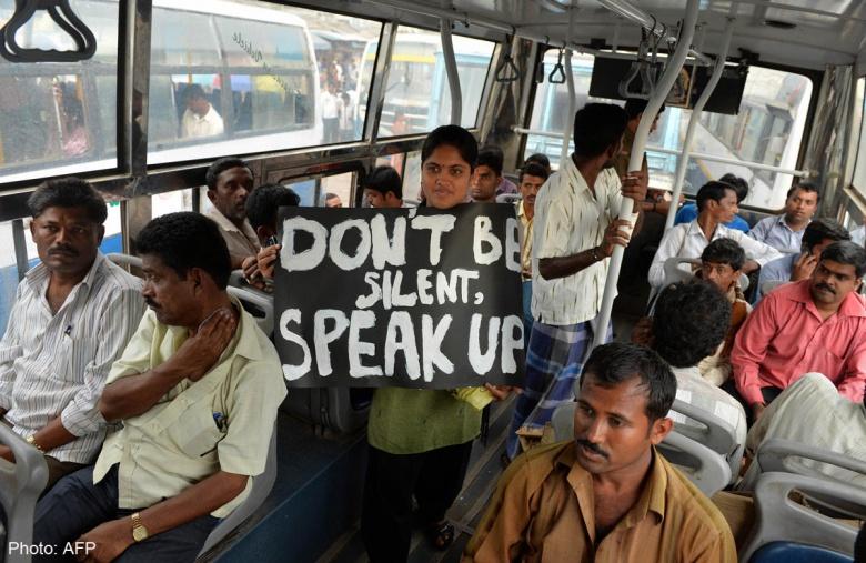 В Индии появились «женские» автобусы 3