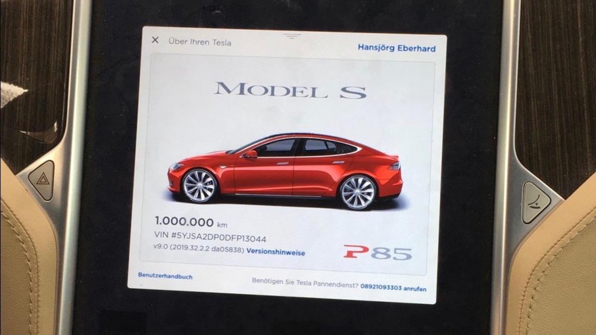 В Сети показали Tesla, которая преодолела миллион километров 1