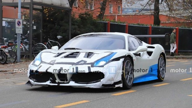 «Дикий» прототип Ferrari замечен во время тестов 1