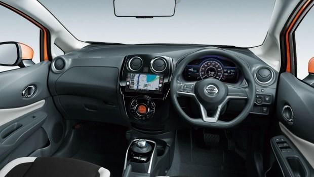 В сети появились сведения о Nissan Note нового поколения 2