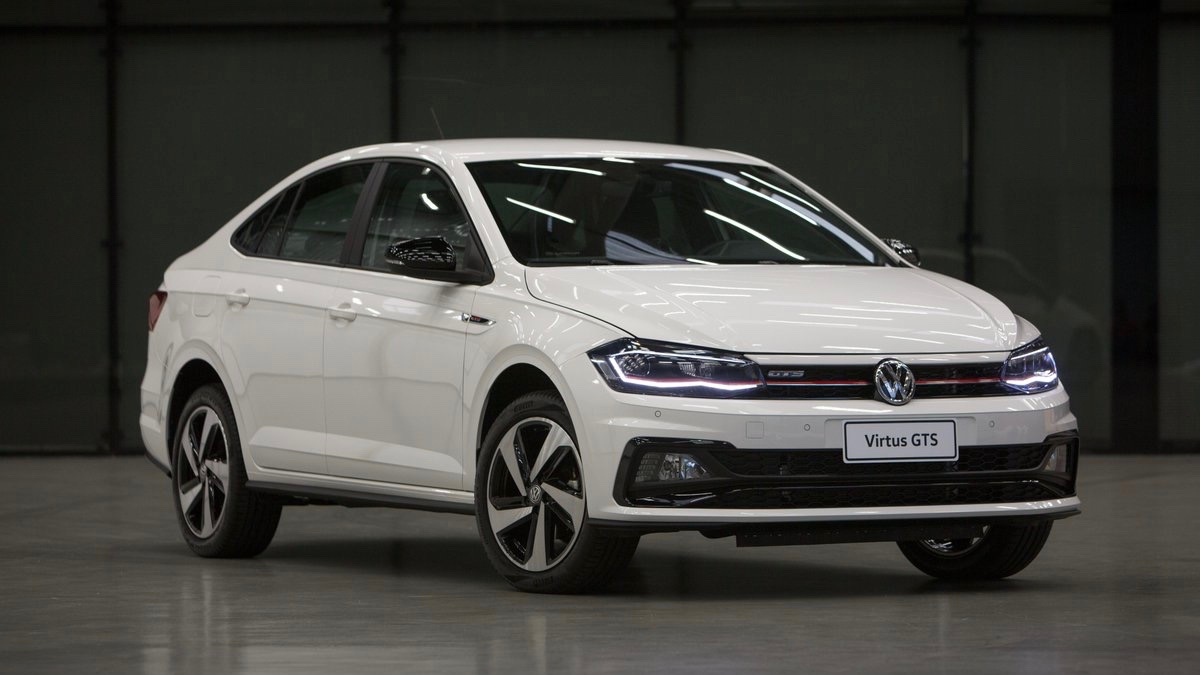 Новый седан VW Polo «зарядили» на 150 сил 1