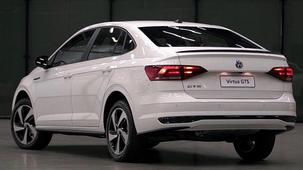 Новый седан VW Polo «зарядили» на 150 сил 3
