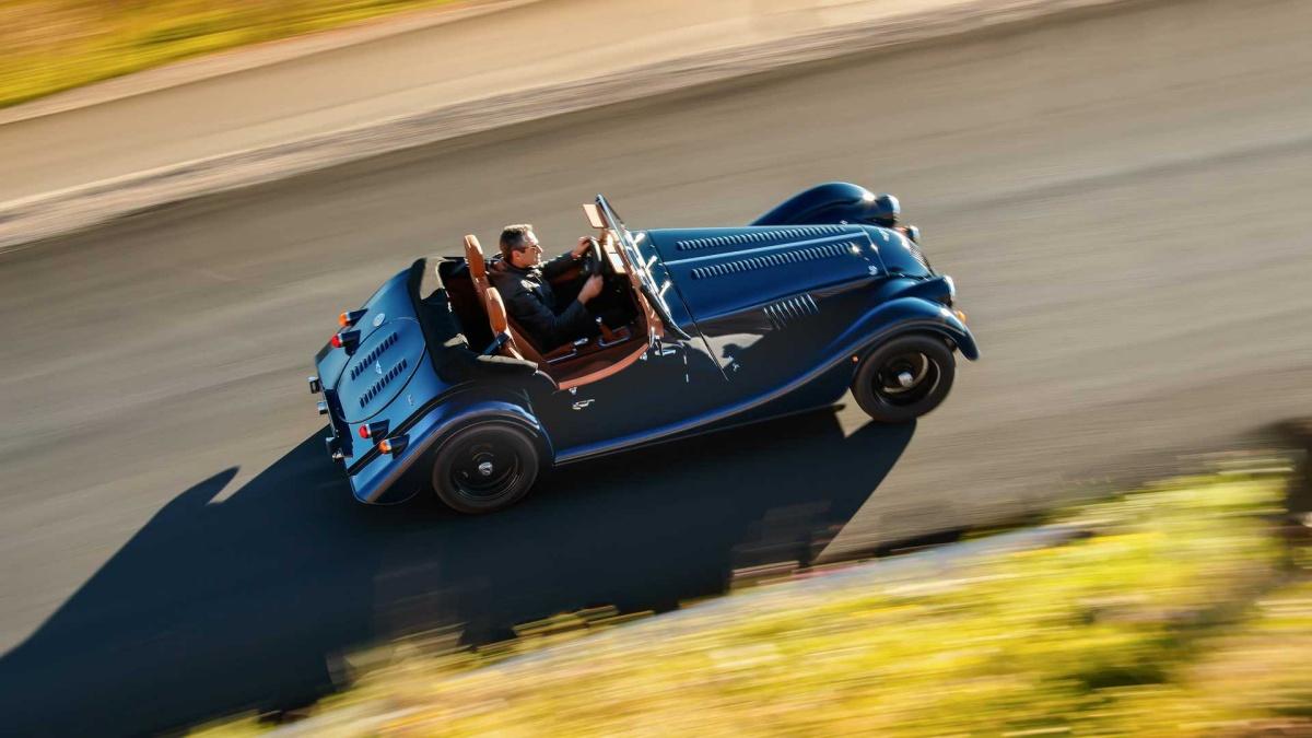 Представлен первый спорткар Morgan с «турбочетвёркой» 2