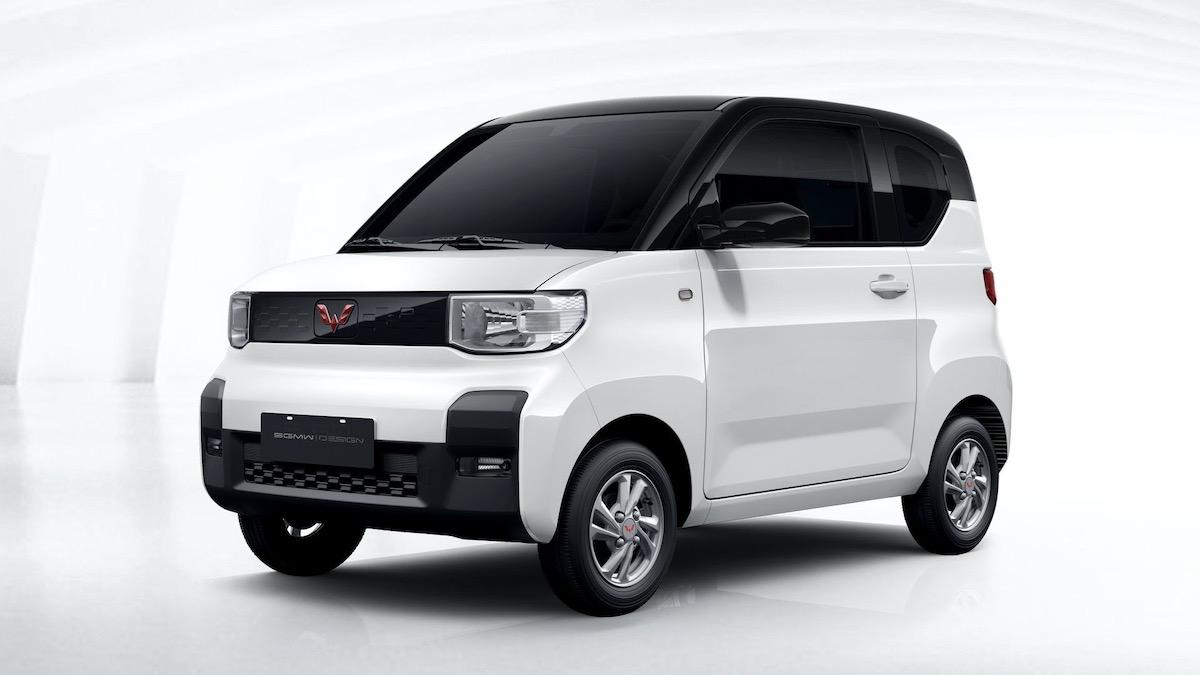 GM и китайцы сделали электрокар с крошечными колёсами 2