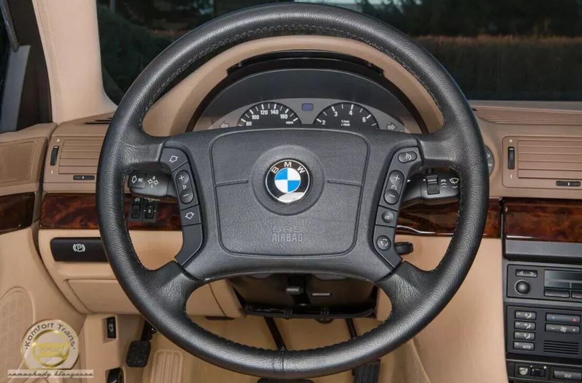 23-летний BMW превратился в самую настоящую «капсулу времени» 2