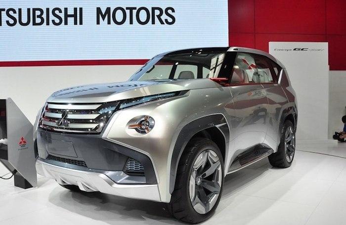 Mitsubishi готовит к премьере новый Pajero 1
