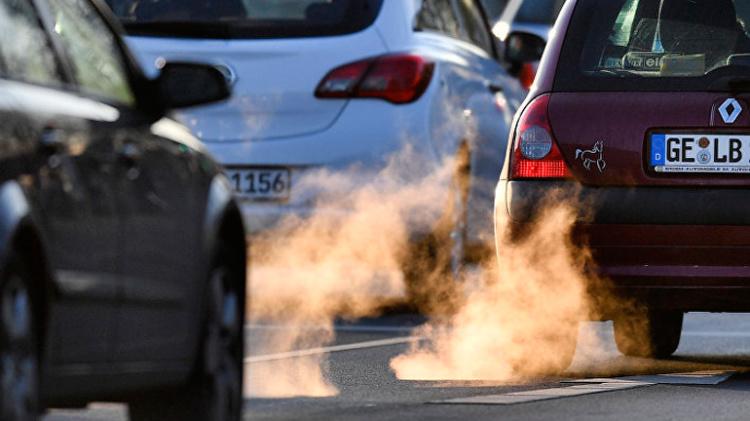 Автопроизводители попросили у ЕС смягчить экологические нормы 1