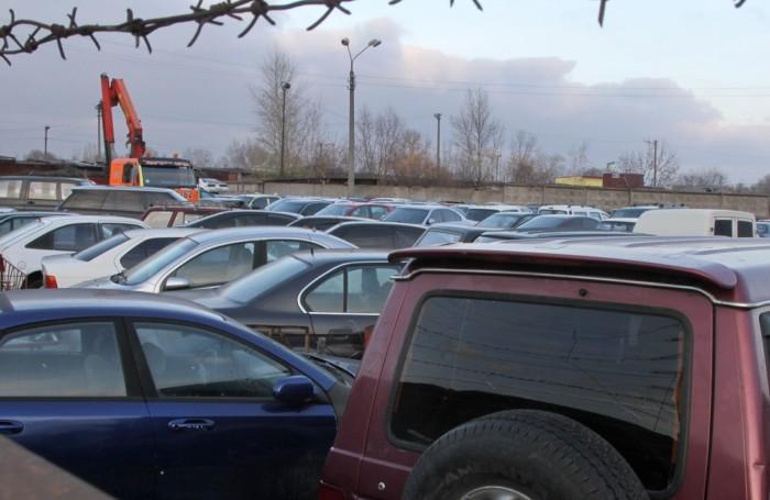 В Украине раскрыли масштабную автомобильную аферу 1