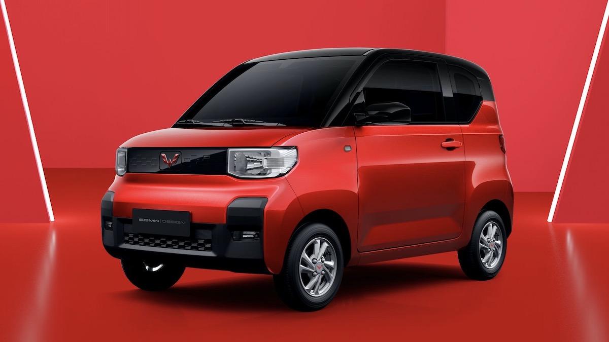 GM и китайцы сделали электрокар с крошечными колёсами 1