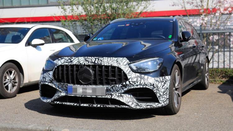Новый Mercedes-AMG E63 рассекретили в Сети 1