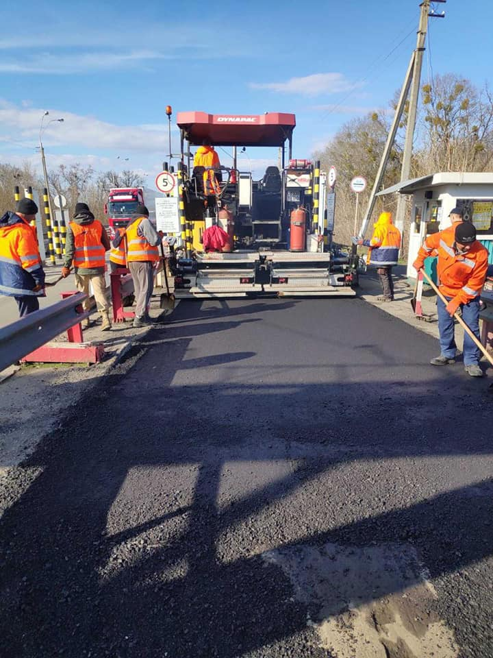 Коронавирус поспособствовал ремонту дорог в Украине 1