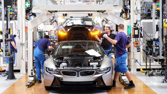 Компания BMW полностью прекратила выпуск автомобилей 1