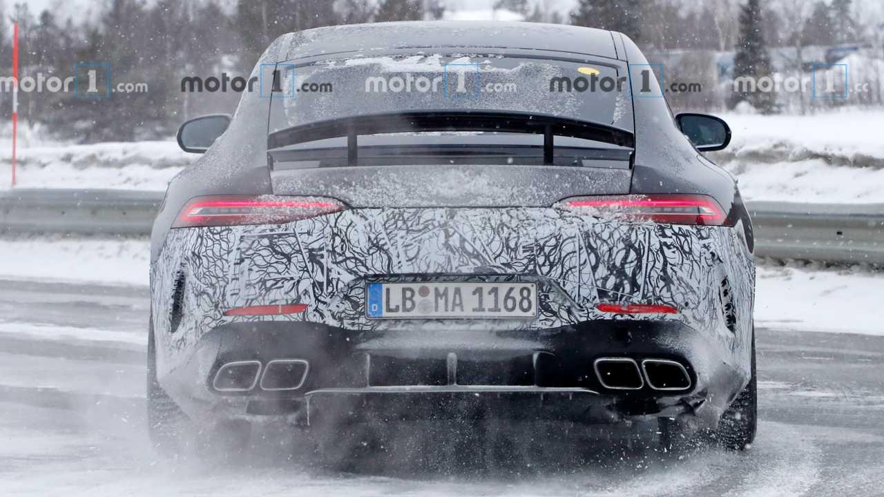 На тестах заметили электрическое купе Mercedes-AMG GT 73 2