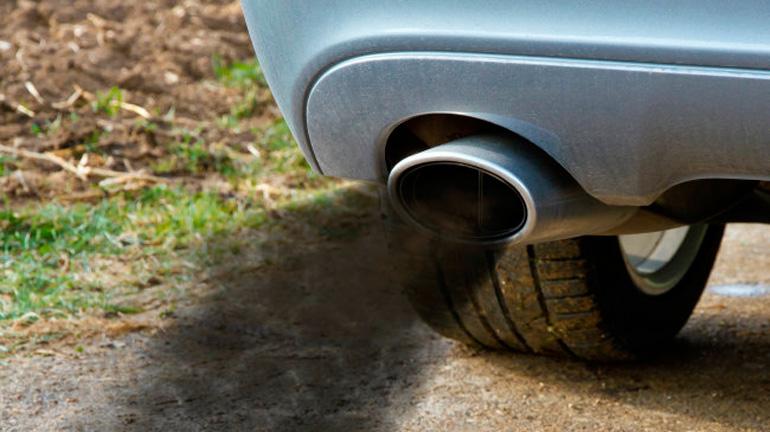 Автоэксперты рассказали, о чем говорит запах гари в автомобиле 2