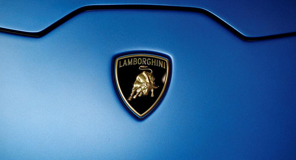 Компанию Lamborghini отправили на карантин 1