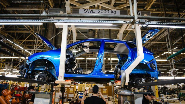 Автомобильные компании возобновляют производство в провинции Хубэй 1