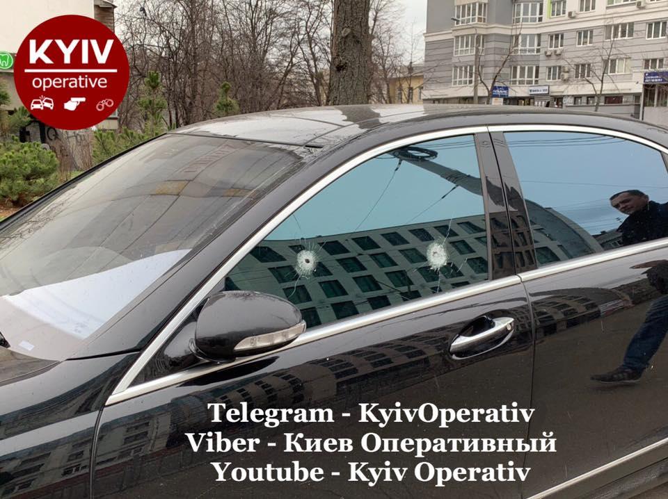 В Киеве жестоко проучили «героя парковки» 1