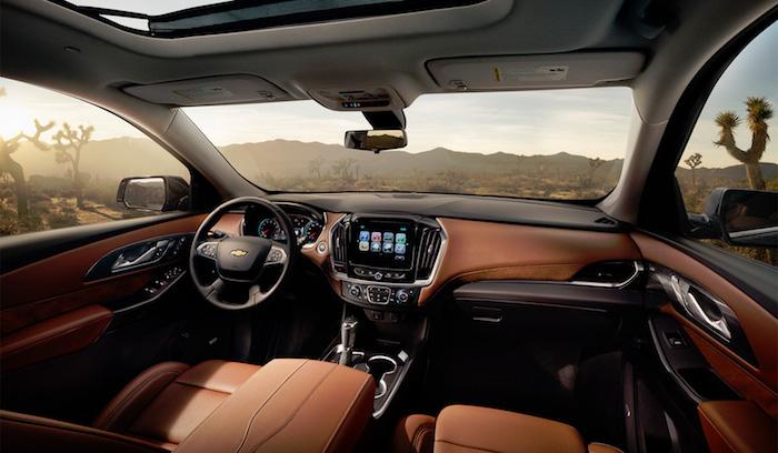 Chevrolet представила обновленный Traverse 2