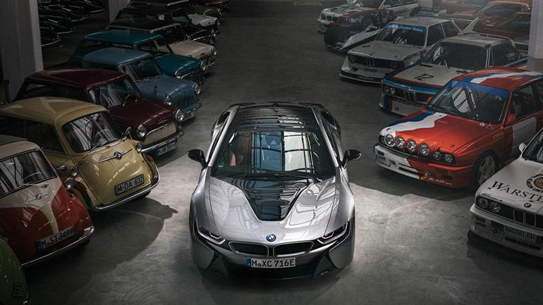 Гибридный BMW i8 снимут с производства в апреле 1